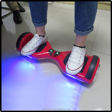 2015 hot sellling design thoughtful sea water scooter with colorful Led light