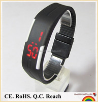 2015 new design 3atm water resist cheap silicone digital led watch
