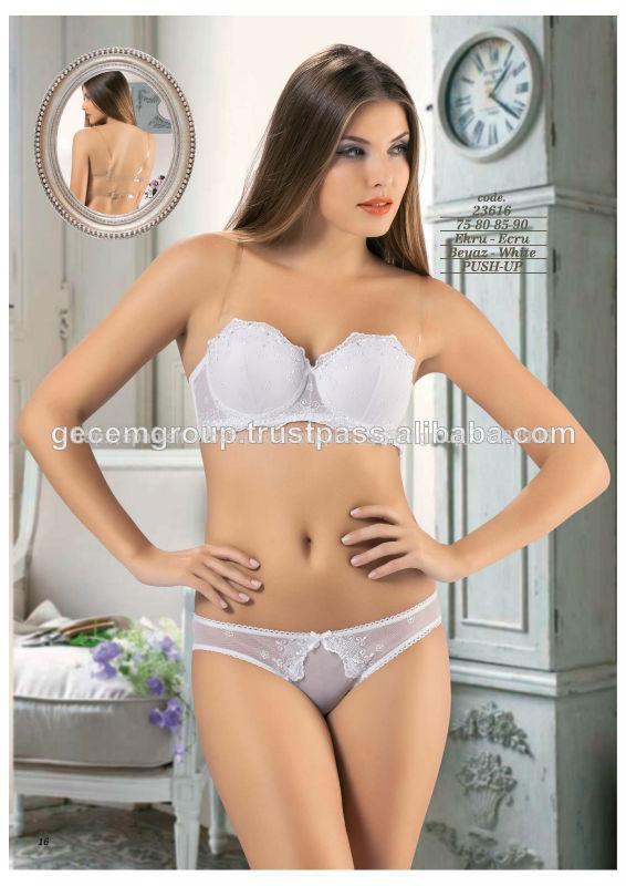 Ropa interior un modelo para cada tipo de mujer for Miren ibarguren ropa interior