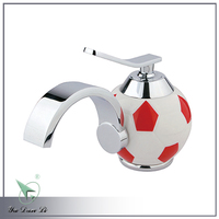 Children use chrome football surface brass single handle face basin faucet 5984A1