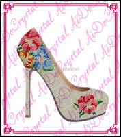 Aidocrystal elegance fashion floral pattern rhinestone wedding party shoes elegant white high heel shoes