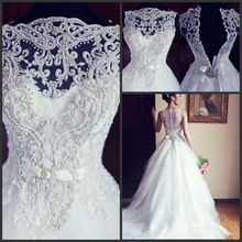 High Quality Embroidery Tullle Fashion Lace Applique Beaded With Buttons Back Vestidos Wedding Dresses 2015 New Arrival