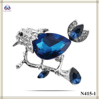 Big promotion new arrival big crystal bird brooch laugh birds brooches women gift one piece