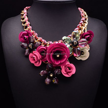 Hot Sale Transparent Big Resin Crystal Flower Vintage Choker Statement Necklace Fashion Jewelry