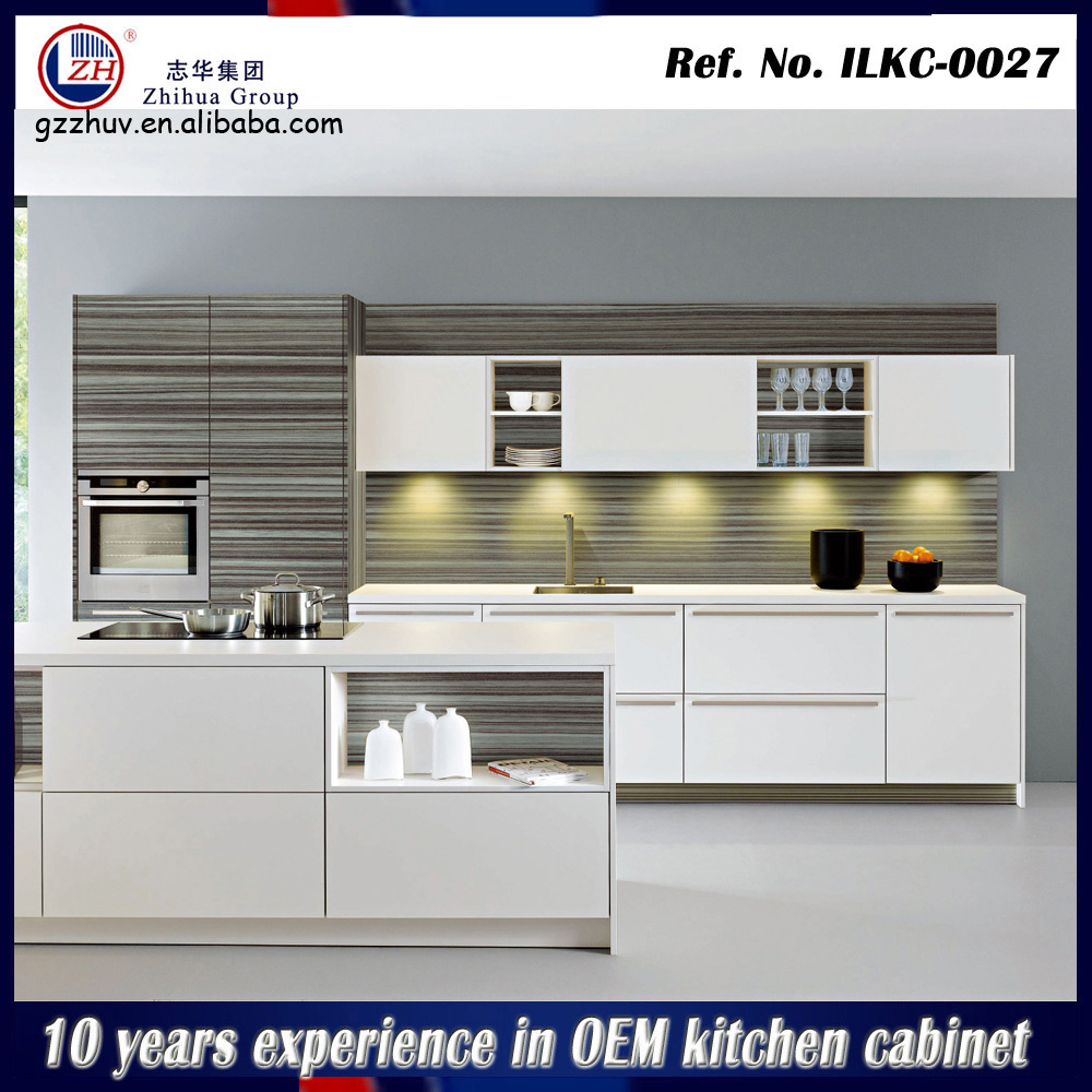 Kitchen design models modular kitchen designs for small for Small modular kitchen