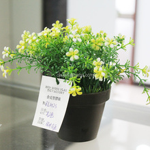 Cheap Plastic Artificial Small Potted Flower Plant in Black Plastic Pot for Sell