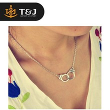 2015 new design hot sale silver plated Women/Girl lover Valentine's Day gifts Handcuffs choker pendant necklace