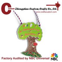 Zhongshan metal crafts zinc alloy OEM design make custom funny tree embossed medals for kids