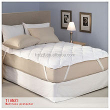 Ultrasonic quilting waterproof mattress protector