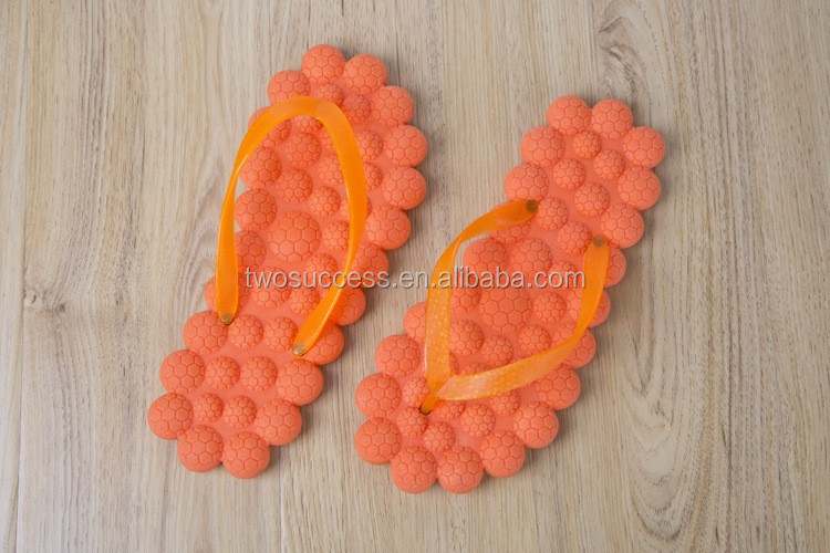 massage flip flops (1)