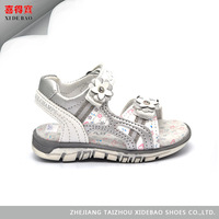 Outdoor Slip-Resistant Girls New Style Pu Sandal Shoes