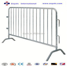 2015 Reasonable price:traffic crowd control barrier stopper