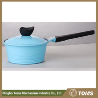 Kitchen supplies white ceramic sauce pan
