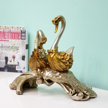 Swan couple / Wedding Gift / Home Decorations / Crafts / Fashion Furnishings Model Prototype