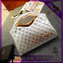 lady hot selling bags metal lip shaped bag cosmetic hand bag in china