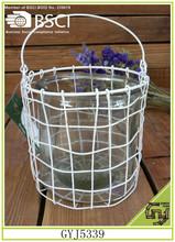 dekorativen bunten eisenkorb mit griff glas innen kerzenhalter