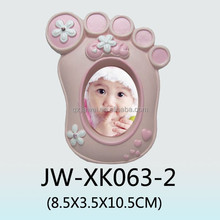 High quality and eco-friendly material lovely baby girl feet shaped photo frames