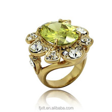 Flower style engagement rings with artificial gold ring
