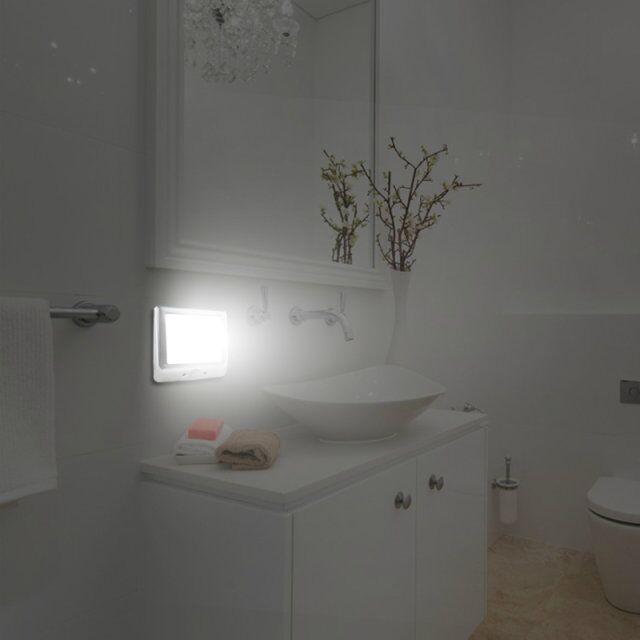 Bathroom nightlight 28 images nutone lunaura blue glow for Bathroom night light