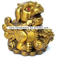 Brass Material PI XIU Figurine , Fengshui Pi xiu statue