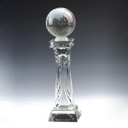k9 crystal globe with pyramid base customized wholesale