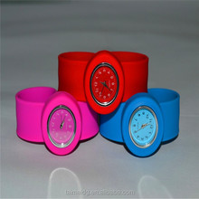 Top design slap on watch silicone
