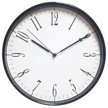 2015 new plastic black and white wall clocks in seconds designed