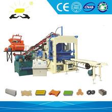 Construcción de la máquina de pavimentación QTYF4-15 materiales de construcción ladrillos