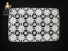 Modern vinyl white lace table mat