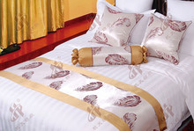 100% polyester jacquard elegant hotel decorative bed runners and square cushions for all kinds of hotels