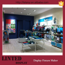 United States Retail Clothes Display Design