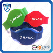 Hot sell rfid nfc cool silicone wristband for Event/club access control