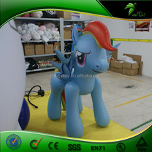 Sexy Vivid Inflatable Horse With Wing Animal For Promotion