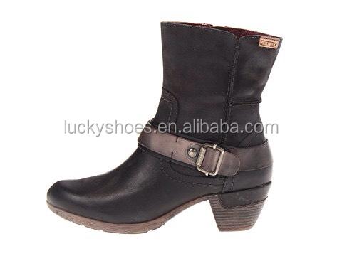 สีน้ำตาลที่ทันสมัยแปรงออกคาวบอยตะวันตกสไตล์ที่เป็นที่นิยมการออกแบบรองเท้าชุดเท้าชี้