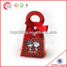 Customized & fashion red wedding candy cake favor box