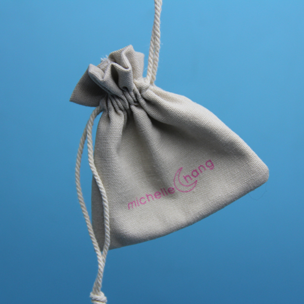 Lovely burlap bag and drawstring jute promotional gift pouch