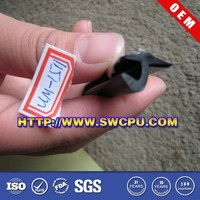Black rubber seal for roller door in high quality