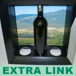 Craft suppliers made high quality wine carrier with windows