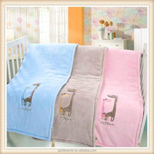 2015 new product minky baby blanket 100% polyester baby embroidered patterns