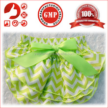 Whoelsale sleepy baby diaper cute baby satin ruffle diaper covers chevron print baby happy diapers cover
