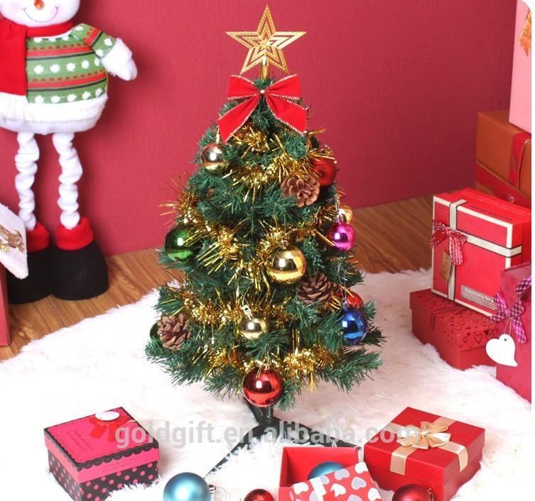 Peque o rbol de navidad escaparate para la decoraci n for Arbol de navidad pequeno