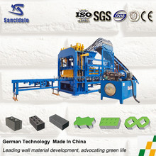 2015 Automtic hydraulic Cement Concrete Clay Block /Brick Making Machine
