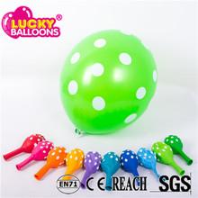 China wholesale high quality 12inch 3.2g green polka dots printed party decoration latex balloons