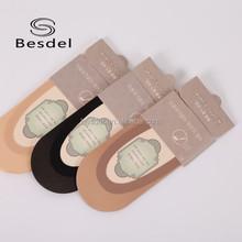 Mulheres baratos anti slip silicone gel invisible meias de seda China fabricante