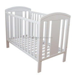 Multifunction Wooden Baby Crib in White Color