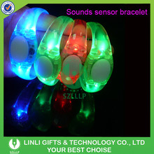 Supplies Customized Promotional LED Flashing Gift Bracelet For Event & Party, Colorful Light Up Gift Bracelet With TPU Ring