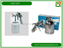 Model W-77 Iwata manual paint spray gun for car oil painting