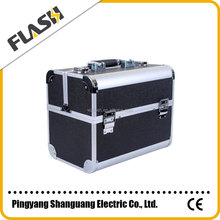 China Wholesale Hard Shell Cosmetic Case Black Aluminum Beauty Case