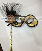 Factory Halloween Masquerade Elegant Golden Face Hand Mask Woman Feather Hand Eye Mask Party