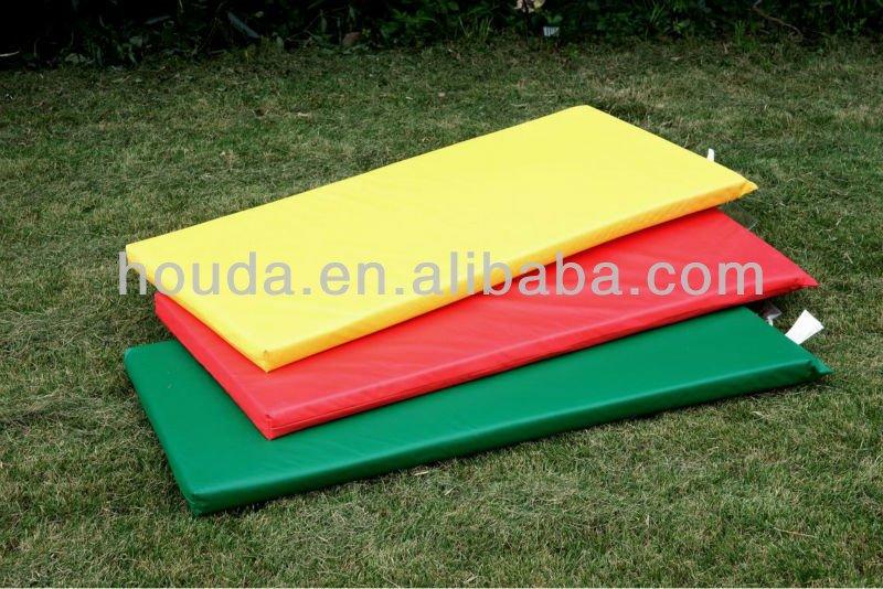 Coloré plein air soft play tapis de verrouillage pour ...